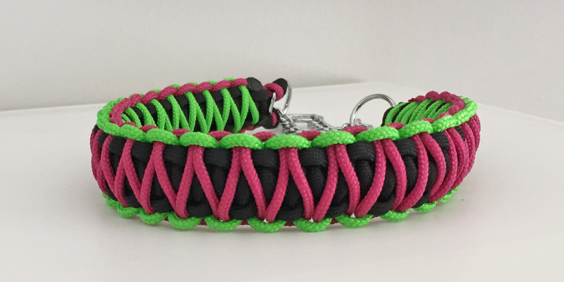 17_black_neongreen_fuchsia